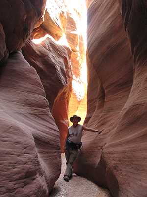 Slot Canyon Hike In Escalante