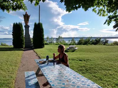 lunch on the St Lawrence